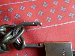 vol de vélo : cadenas attaqué à la pince